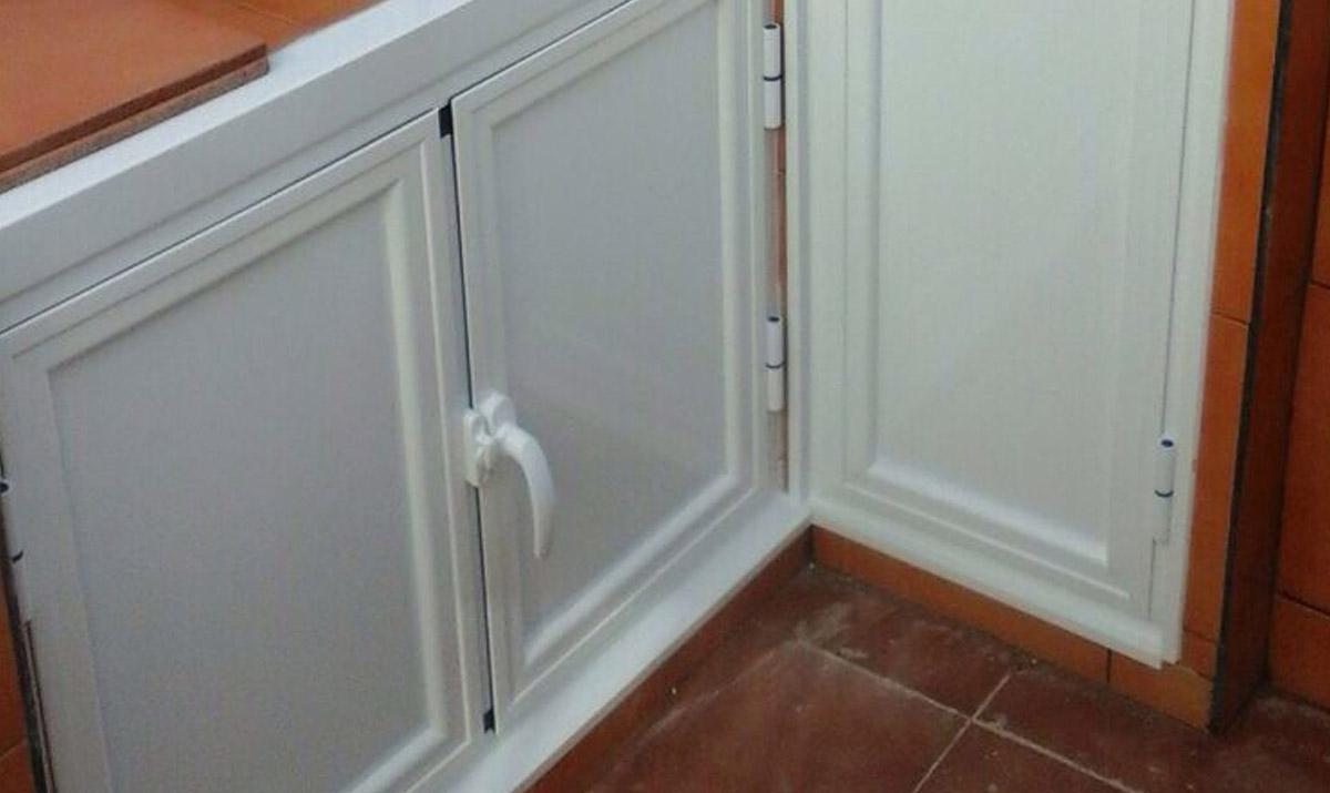 Puertas de aluminio doble hoja elegant puerta de ducha - Puerta corredera doble hoja ...