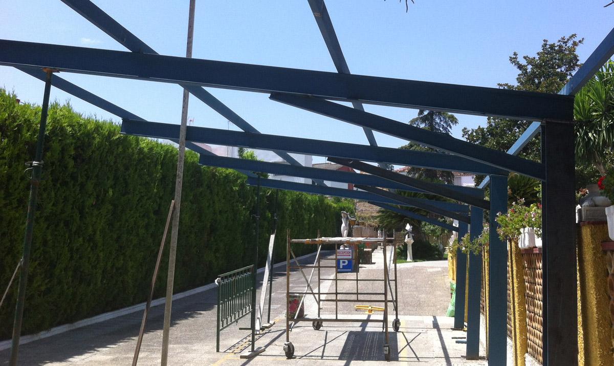 Estructuras para edificios carpinter a met lica tovar for Hierros para toldos