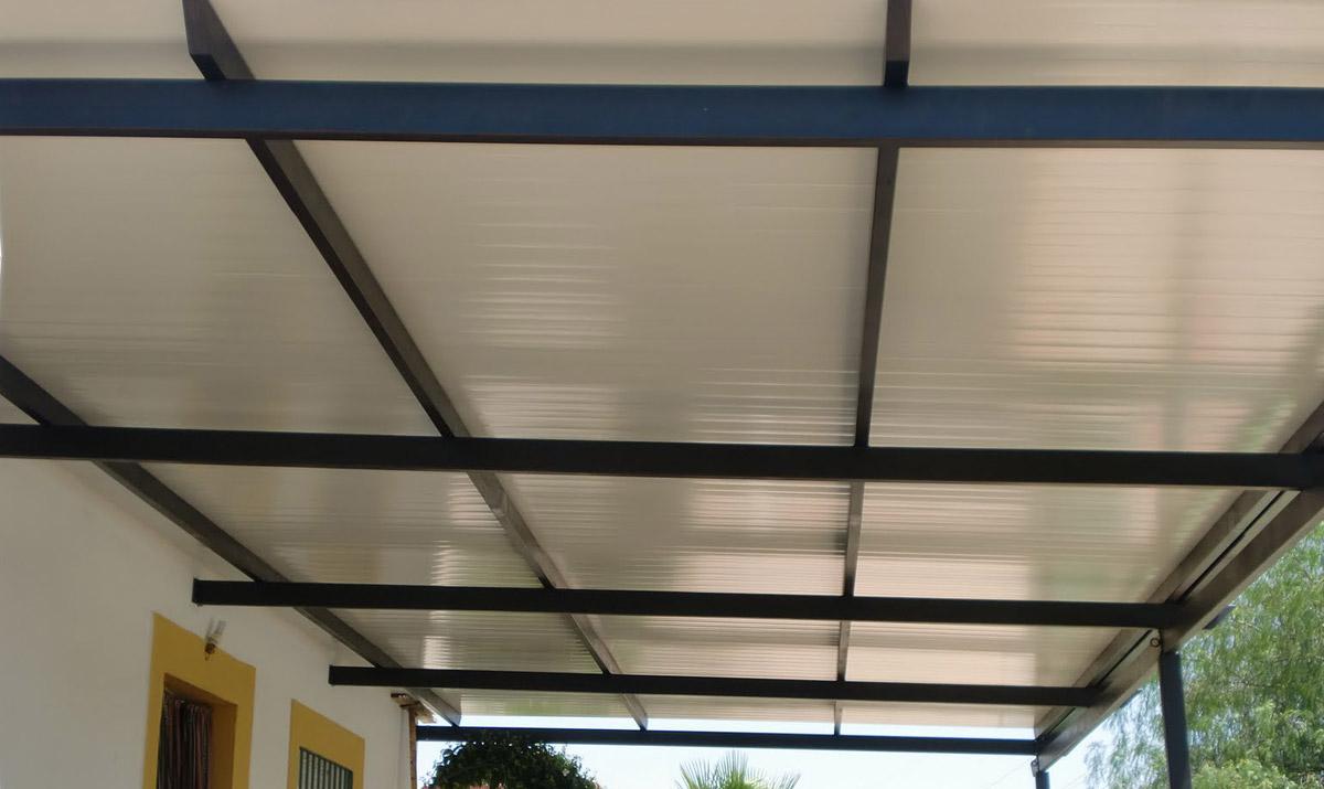Proyectos en panel sandwich carpinter a met lica tovar for Techos estructura metalica para casas